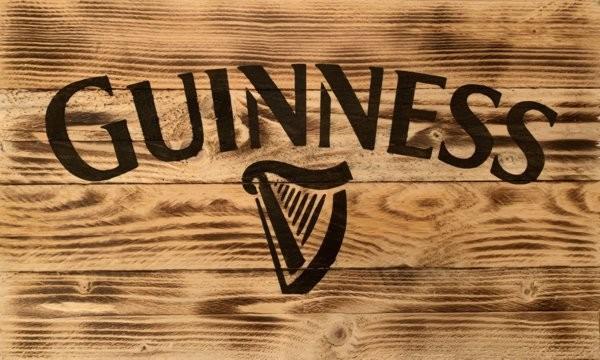 Photo pochoir bière Guiness sur bois david m