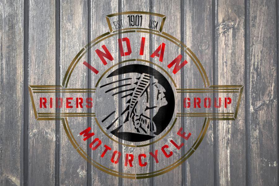 Indian motors pochoir sur palette bois