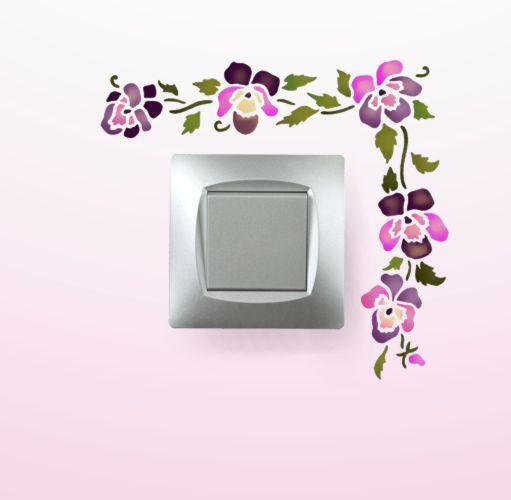 Pochoir interrupteur fleurs de pensees peinture